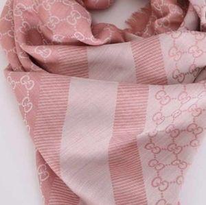 Gorgeous Gucci scarf
